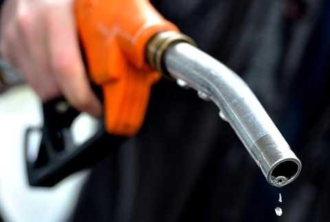 Việt nam nhập khẩu xăng dầu ước tính hơn 3,8 tỷ USD