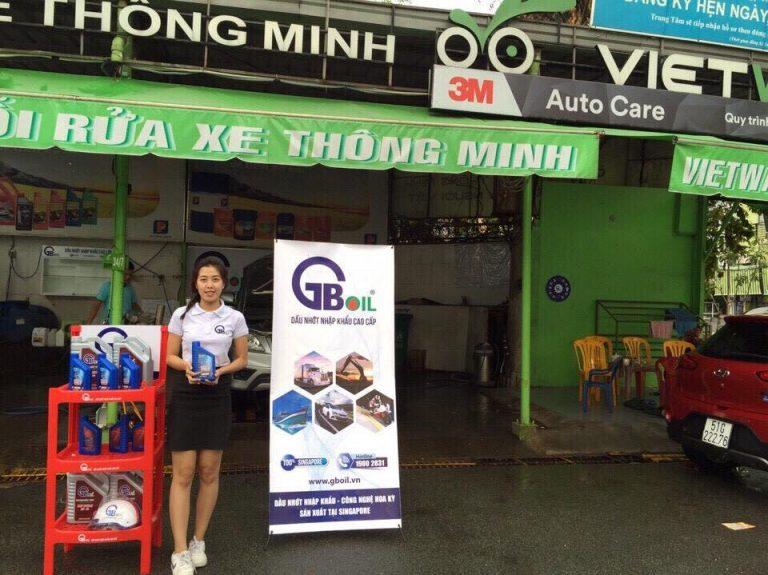 Dầu nhớt cao cấp GBOIL trong chuỗi rửa xe thông minh VietWash tại TPHCM