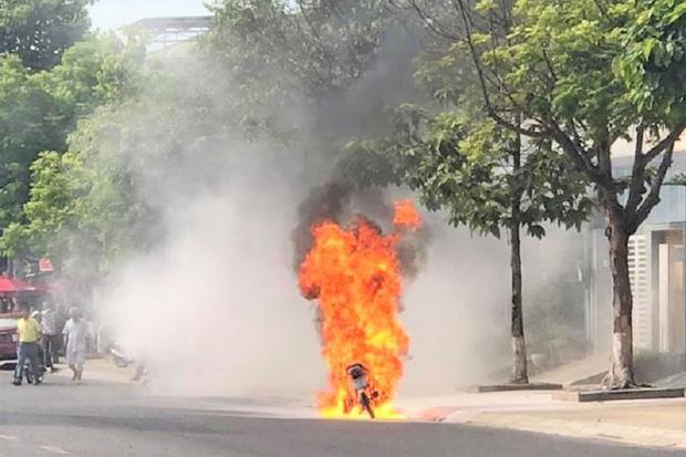 Nguyên nhân khiến xe máy bị cháy nổ